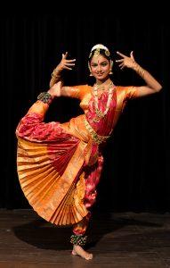danseuse de Bharata Natyam