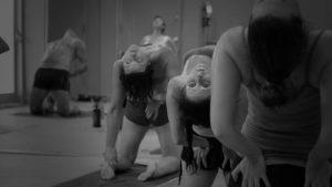 posture de bikram yoga